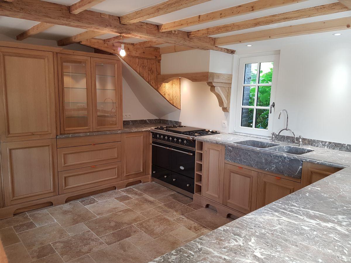 corniche bois pour meuble cuisine meuble bas de cuisine. Black Bedroom Furniture Sets. Home Design Ideas